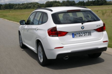 BMW X1 review - CarBuyer BMW X1 серия E84