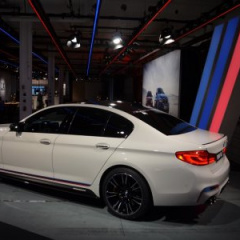 BMW M5 F90 с аксессуарами M Performance Tuning