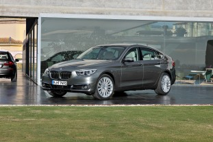 New BMW 5 series GT road test review 2010 :: BMW 5 серия GT