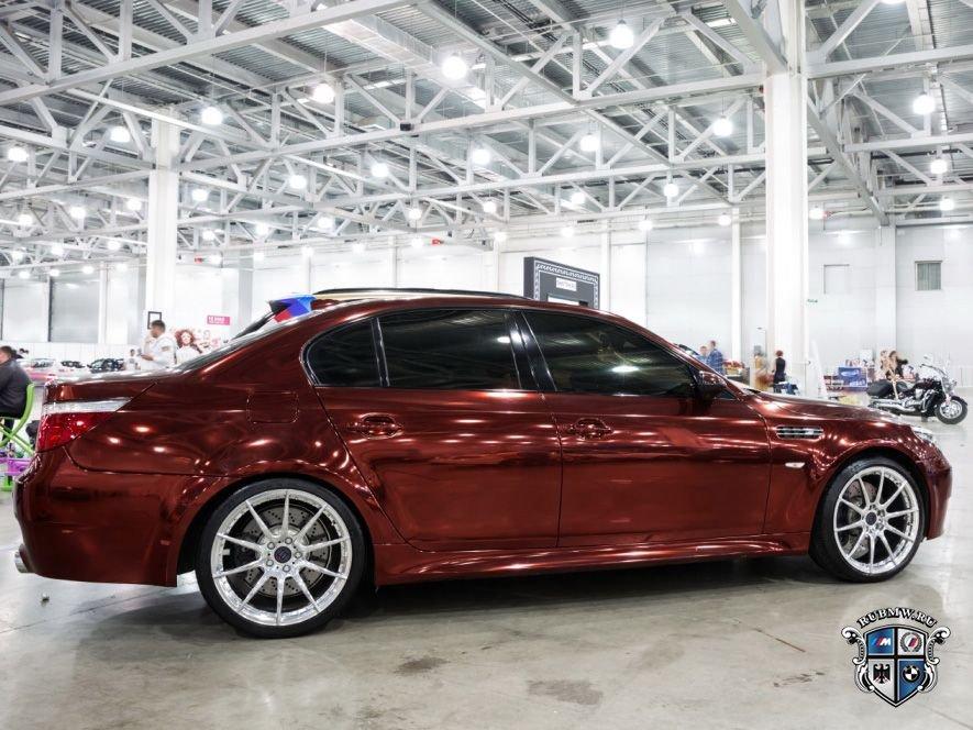 На Московском Тюнинг Шоу была презентована самая быстрая BMW M5 E60 России с тюнингом в 200 тыс. долларов.