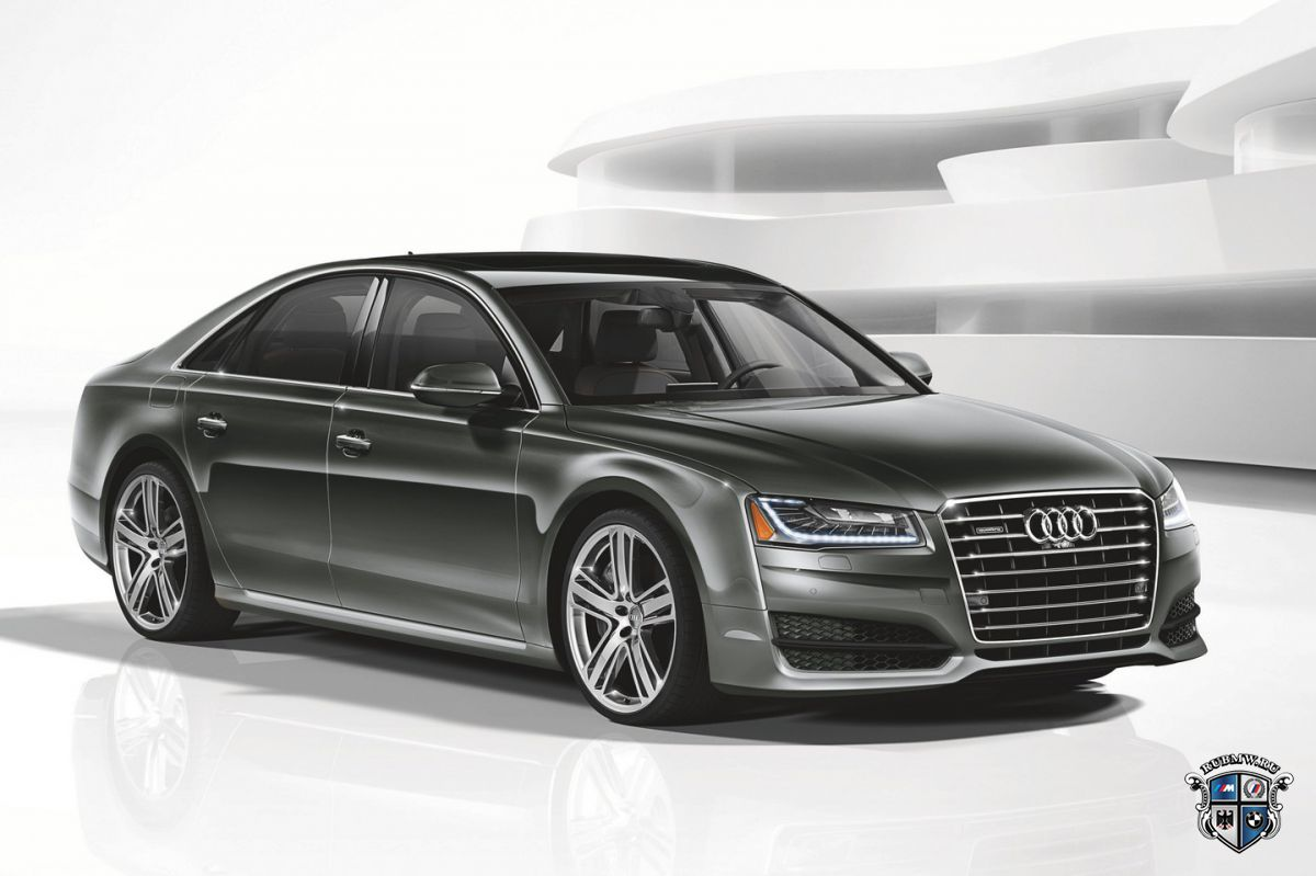 Audi выпустила 450-сильный седан A8